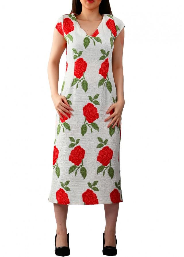 فستان الورد الجوري بلون الاحمر