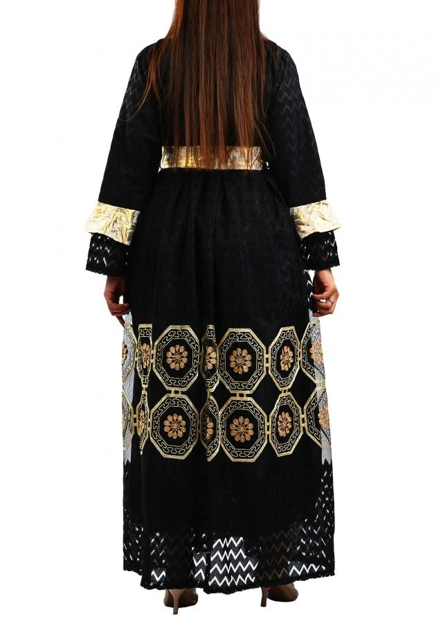 فستان دانتيل طويل