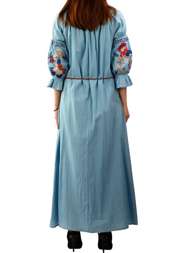 فستان قطن مطرز بلون سماوي