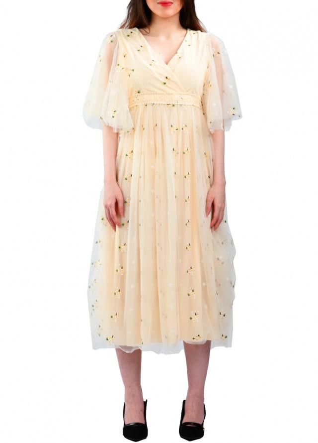فستان تل مطرز بلون سكري